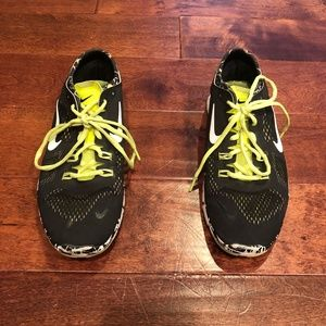 a716918f70cb Nike Shoes - Nike Free 5.0 Flyknit TR Fit 4 Running Shoes - 9.5